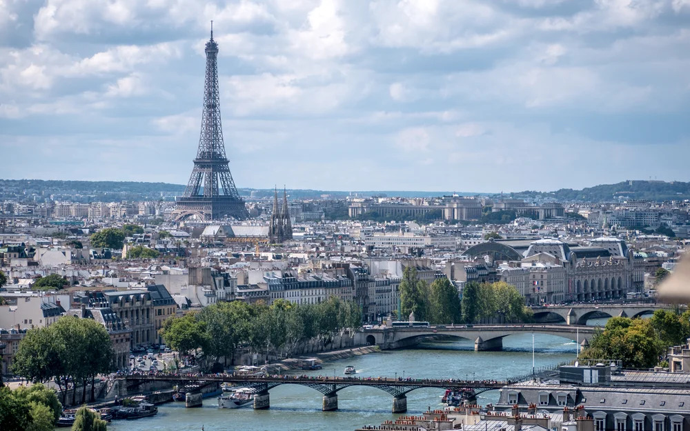 French Work Permits can be applied online by Foreign Workers